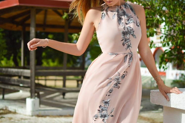 Dámská móda - šaty