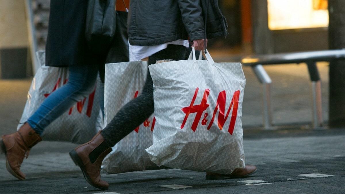Kde koupit těhotenskou módu - H&M