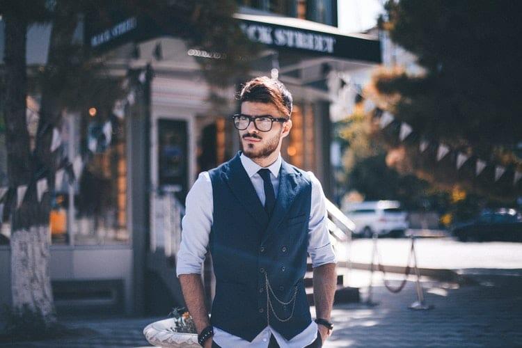 Mužská móda - košile a vesta
